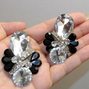 Bold Vtg 80s Black & White Rhinestone earrings